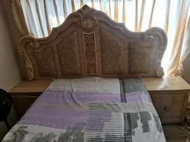 Headboard with mirror stand