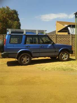 Landrover discovery series 2 td5 with Aluminum roof rack