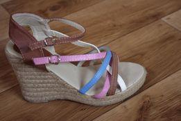 Sandałki na koturnie rozmiar 37 kolorowe