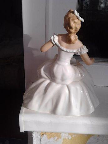 Балерина Валлендорф статуетка коллекционная германский фарфор антиквар