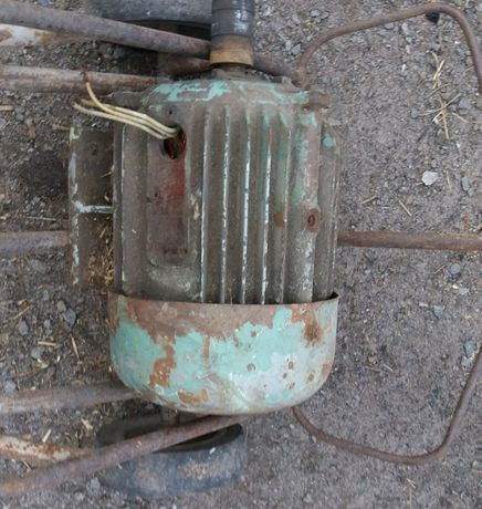 Продам електродвигун (електромотор)