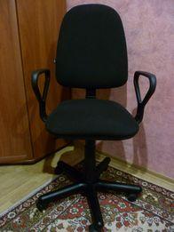 Кресло компьютерное Nowy Styl.