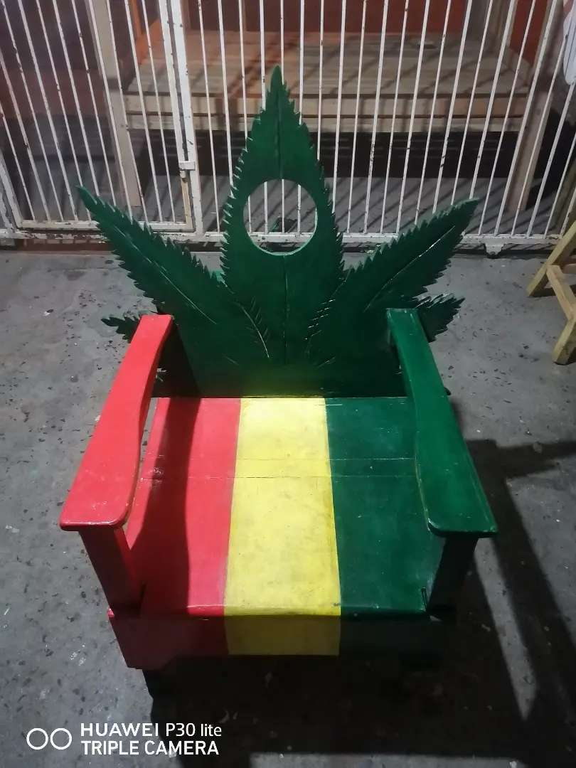 Weed chair