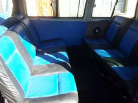 2,6i microbus suitable for school transport,start any go ,needs tlc .