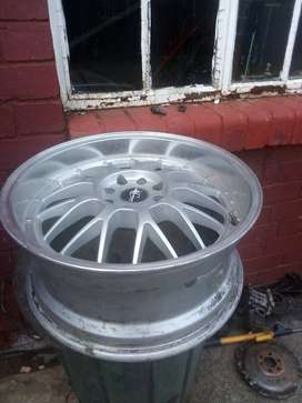 17 inch mags for sale 4 mags two with tyres and other 2 without
