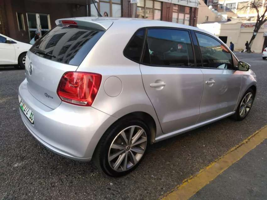 Grey Polo 6 for sale 1.4 engine capacity 2013 model 0