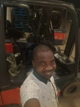 Am looking for job as forklift opperoter(Driver)