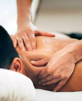 SPORTS MASSAGE AND GROOMING