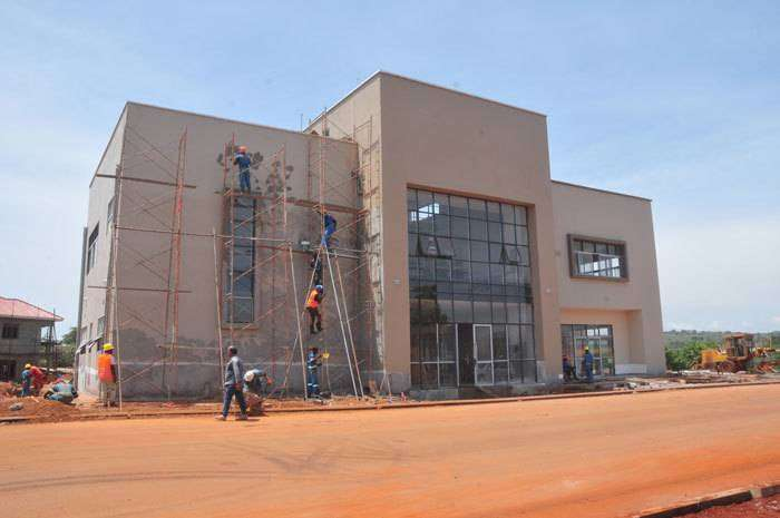 Commercial plaza for offices is for rent in Namugongo along Kira rd 0