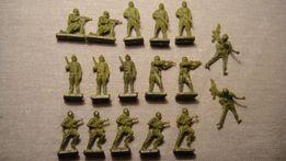 Żołnierzyki miniaturki PRL 66