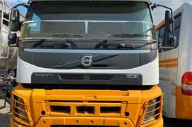 VOLVO fmX480hp TAG AXLE TRUCK TRACTOR ON SALE