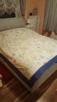 Śliczna narzuta na łóżko 210x210cm