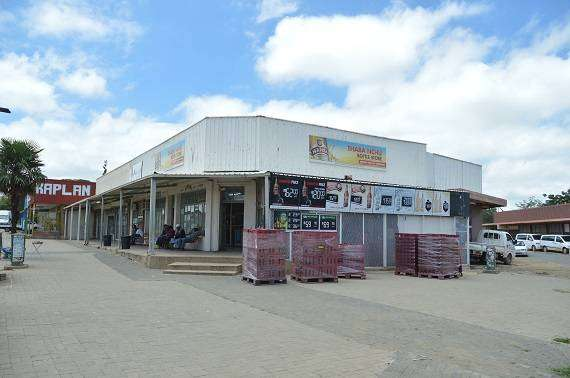 BOTTLE STORE FOR SALE 0