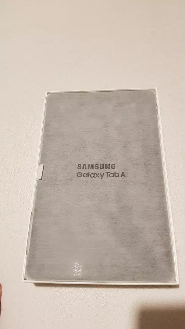 Samsung Tab A 10.5 2018 0