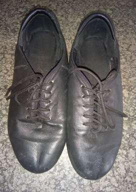 TAP SHOES SIZE 4 FOR SALE