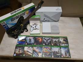 Xbox One S accessories and games (Negotiable) JHB & PMB