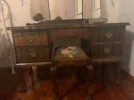 Ball and claw dressing table