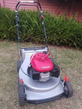 Honda petrol lawnmower. NEW. Industrial mower