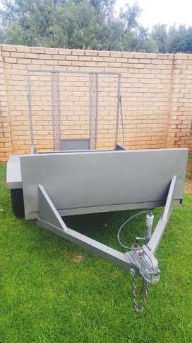 2m BikeTrailer ALMOST NEW!!!