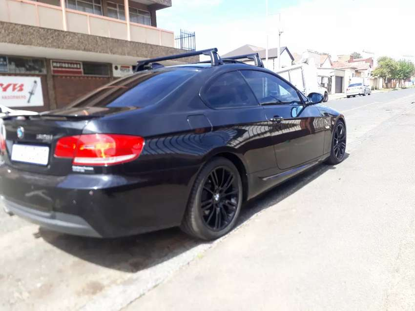 BMW 325i Coupe R 134 000 0