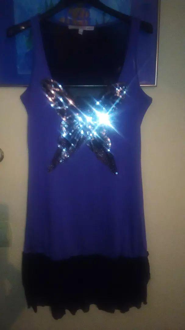 Haljina,XL ali manji model,čipka,til na leđima prozirno,leptir naprije 0