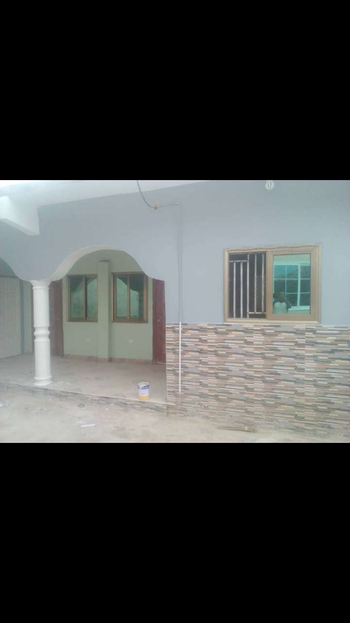 FOR RENT. Chamber & Hall Self Contain at WEIJA JUNCTION, ACCRA. 0
