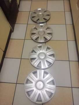 4 wheel caps for Ford Figo 2012
