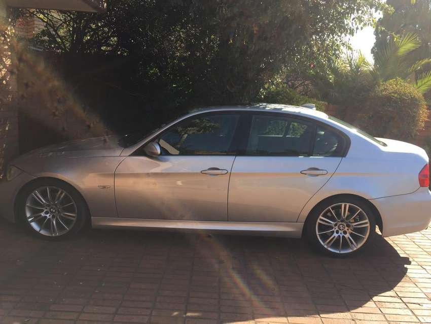 323i msport bmw in good condition with sunroofand 0