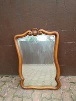 Stylowe lustro drewniane