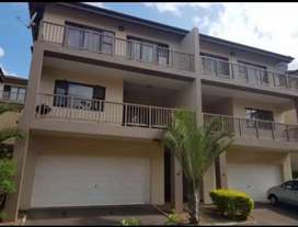 3 bedroom duplex to let in Pinetown in Paradise Valley in Forest Glen