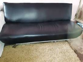 3seater sleeper couch
