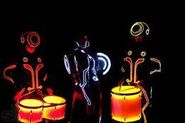 Световое шоу барабанщиков - световое барабанное шоу в Киеве!
