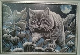 Лунный кот - объемная вышивка чешским бисером в рамке.