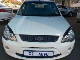 2015 White Ford Ikon 1.6 Engine capacity