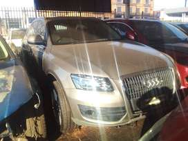 AUDI Q5 STRIPPING FOR SPARES