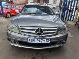 2009 Mercedes Benz (C180) Automatic with  Sunroof