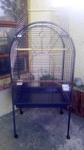 Parrot cage in wheels large