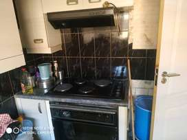 Defy 4 plates hobs, oven and extractors fan