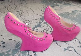 Różowe cudne niespotykane buty- rozmiar 38