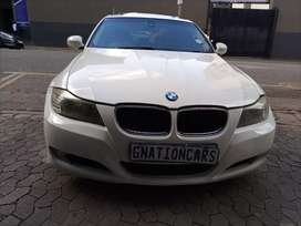 BMW 3 series 320i Auto E90 2011 model for SELL