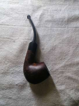 Peterson and falcon pipes and bag