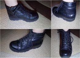 Ботинки 32р. на мальчика,мех,демисезон.