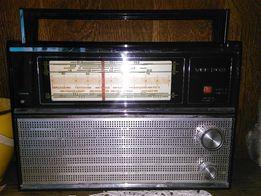 Радиоприемник СССР VEF 202