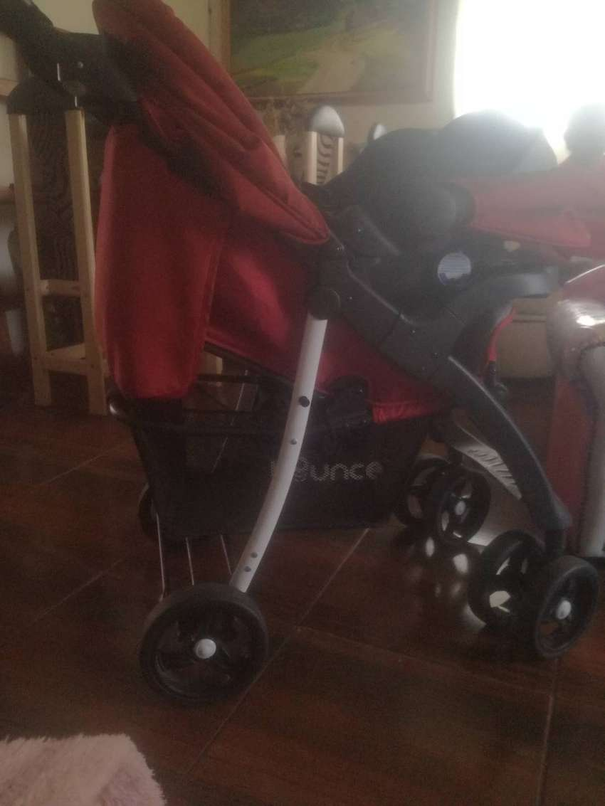 Baby bounce travel system 0