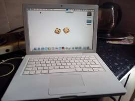 macbook for sale R1500