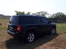 2013 Jeep Patriot 2.4 Limited in very good condition for sale!
