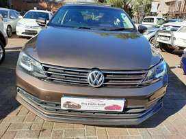 2013 VW Jetta 6 1.4 Tsi Comfortline with leather seats and sunroof