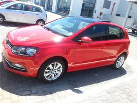 2016 Volkswagen Polo Hatchback - Comfortline - Low Mileage - Mint
