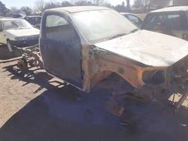Hilux 2.5 d4d 2008 striping for spares only