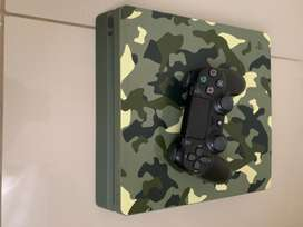 PlayStation 4 slim Ltd edition 1tb